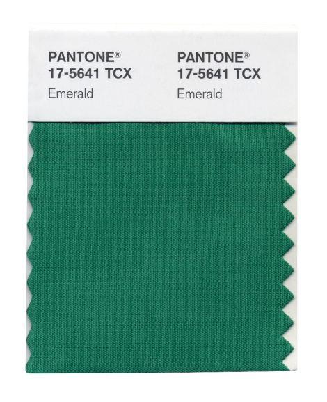 pantone emerald verde esmeralda moda