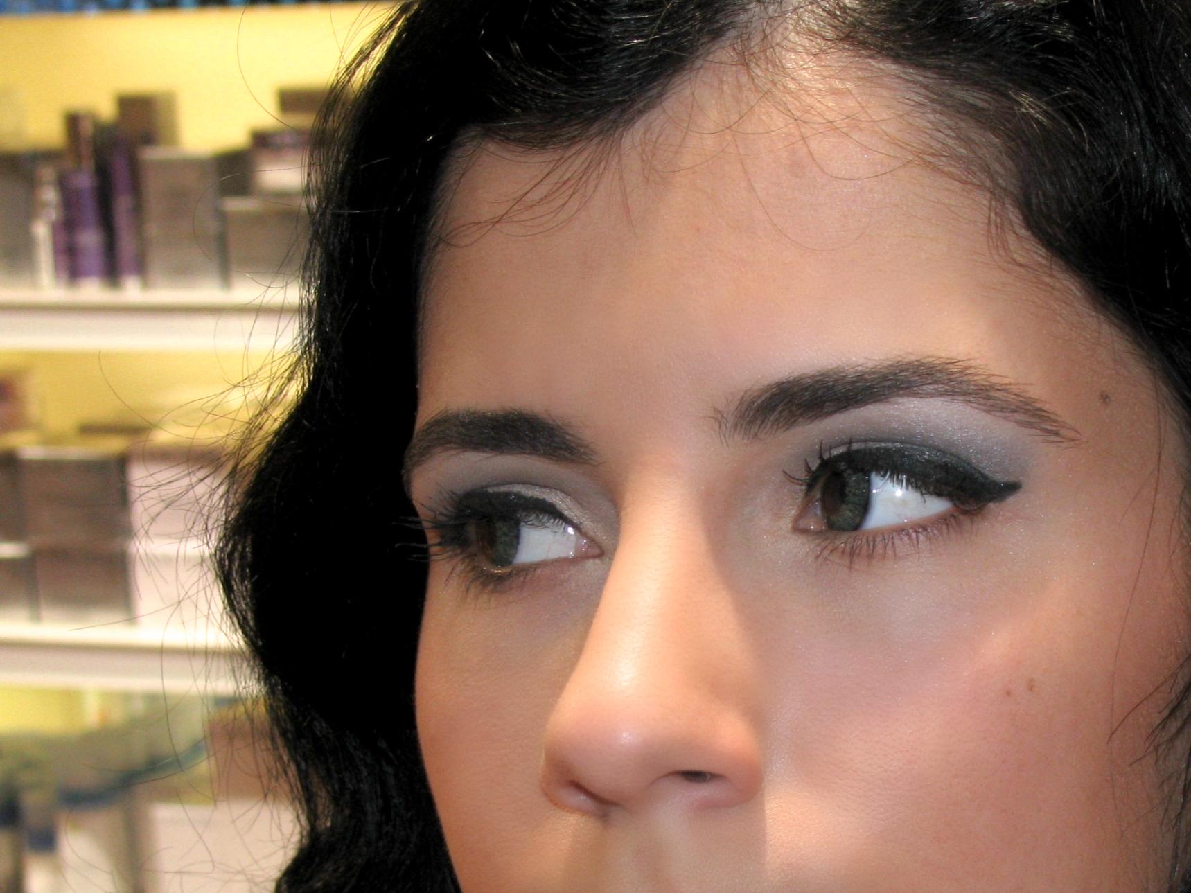 como fazer eyeliner fácil cateye