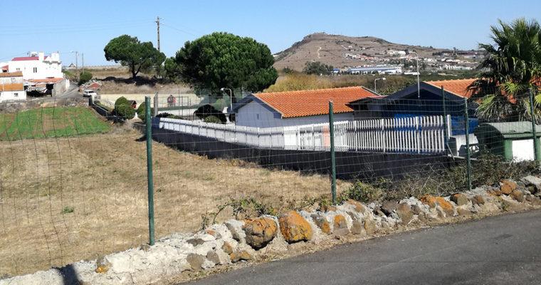 RESOLVIDO – A Câmara Municipal de Loures não quer que a Teresa vá à escola